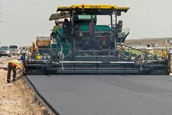 Na, hány km új autópálya épül 100 milliárdból?