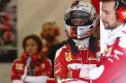F1: Újabb büntetés Vettelnek