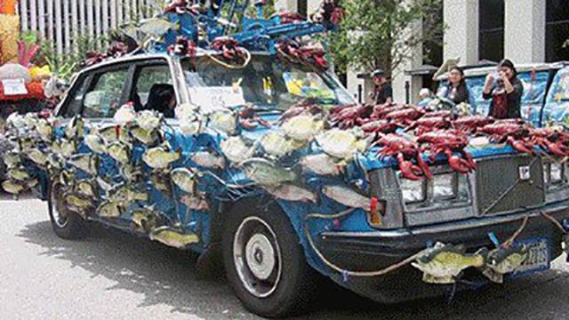 weirdly_customized_cars_640_40