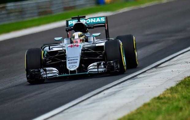 F1: Hamilton szétesett az utolsó edzésen