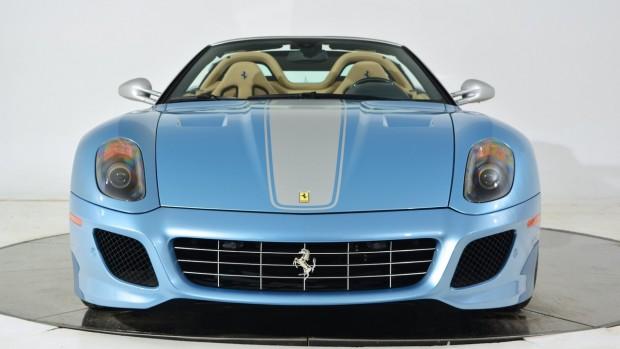 Hajmeresztő ára van ennek a Ferrarinak