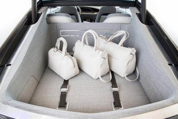 2016-Cadillac-Escala-Concept-Interior-029