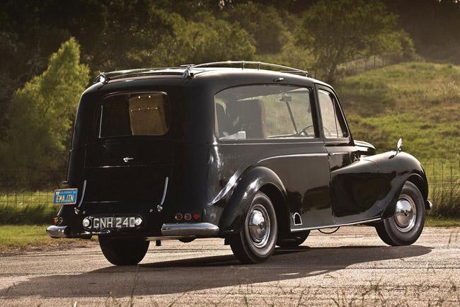 2016-RM-Auctions-John-Lennons-1956-Austin-Princess-1