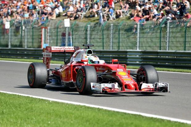 F1: Vettel úgy érzi, nyerhet Belgiumban