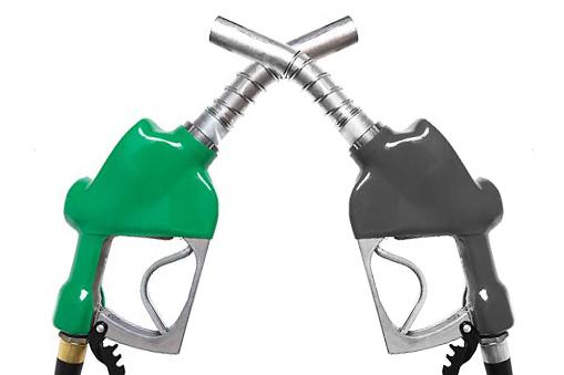 Hátat fordítanak a dízelmotornak a vásárlók
