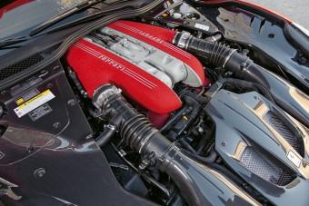 Nem kap turbót a Ferrari V12-ese