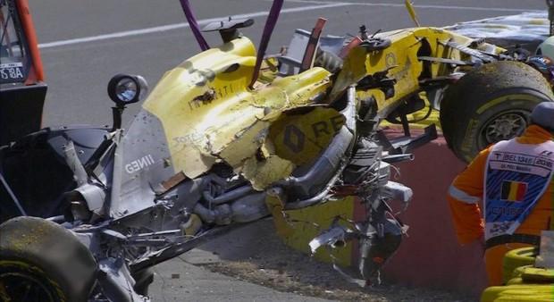 F1: Magnussent kórházba vitték