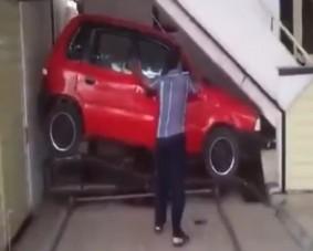 Ennél kisebb garázst nem látsz ma