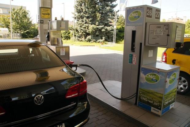 A 150 lovas benzines, pontosabban szikragyújtású motor CNG-vel anyagilag jobban jön ki, mint egy azonos teljesítményű dízel