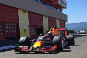 Pirelli: Ne féltékenykedjenek a gumitesztelőkre!