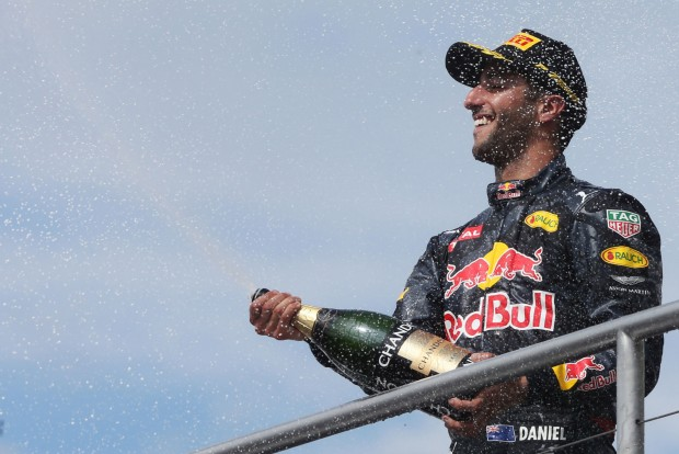 F1: Ricciardo még ma is ünnepelhet