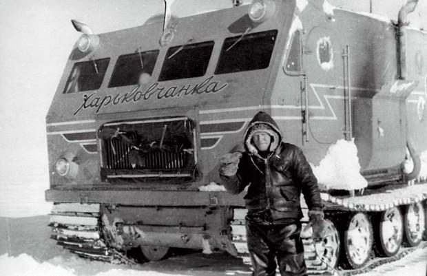 Ilyen egy lánctalpakon guruló orosz felfedező