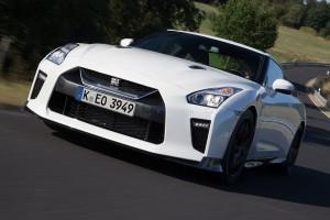 Jön a még durvább Nissan GT-R