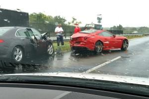 Fotón az M7-esen történt Ferrari-baleset