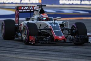F1: Egy csatlakozó vágta tönkre Grosjean hétvégéjét