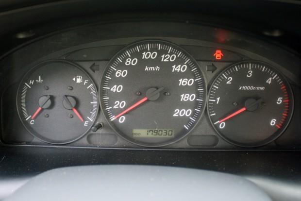 Szinte mindegy, mit mutat az óra, ne az olcsón manipulálható futásteljesítménynek higgyünk, az autó állapot a fontos