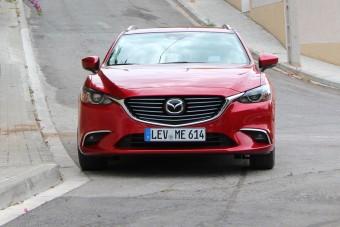 Frissített Mazda 6: Keresd az eltérést