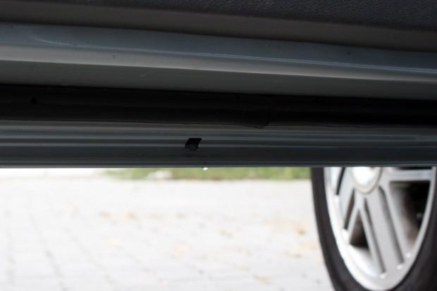 Felütheti a fejét a rozsda a Focus II ajtóinak alsó élén