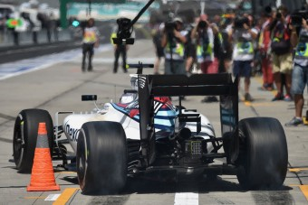 F1: Új övet tesztel a Williams Japánban