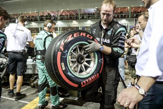 F1: A mercisek majdnem a gatyájukba csináltak