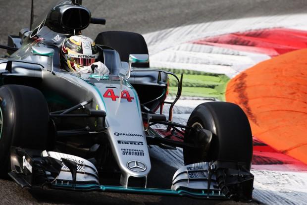 Hamilton: Életem döntése volt a Mercedes