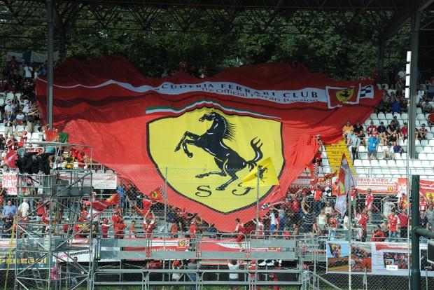 F1: A Ferrari harcolhat a 2017-es bajnokságért