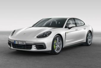 Visszatér a Porsche hibrid szedánja