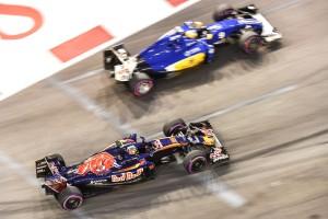 F1: Fizetős pilótákkal folytatja a Sauber