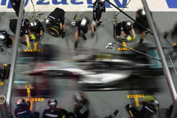 F1: Ecclestone eltüntettetné a Mercedest