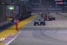 F1: Kivizsgálják, miért volt ember a pályán
