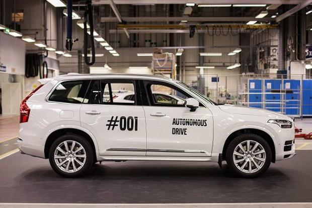Elkészült az első teljesen önjáró Volvo