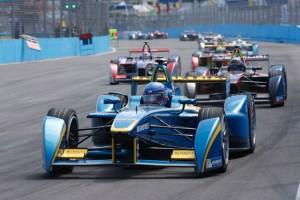 A Mercedes beszáll az elektromos F1-be