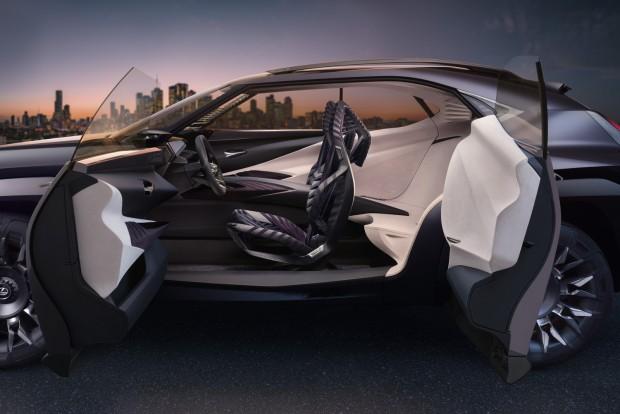 2016_Lexus_UX_Concept_13