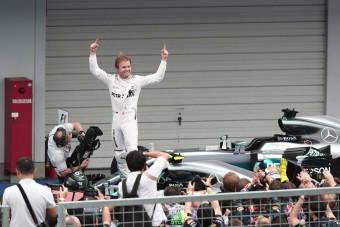 Rosberg: Hamiltonnal mindig számolni kell!