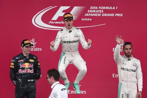 F1: Rosberg nem akar Ricciardo cipőjéből inni
