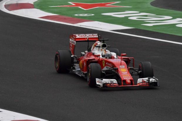 F1: Vettel a mexikóvárosi dugóban érezte magát