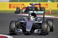 F1: Hamiltoné a pole, Rosberg nagyot mentett