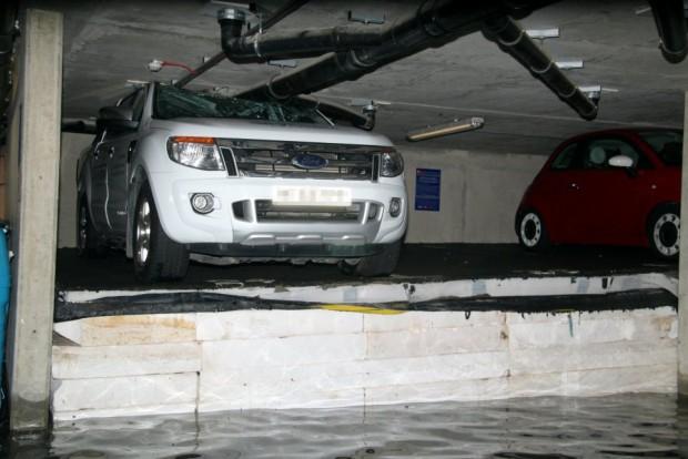 Ilyen vízkáros autókat is ritkán látni