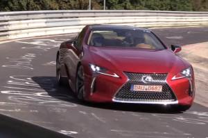 Keveset tudunk a Lexus LC500-ról, de a V8-as hangja telitalálat