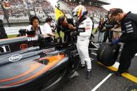 F1: Alonsónak sem mondták meg, milyen színű a McLaren