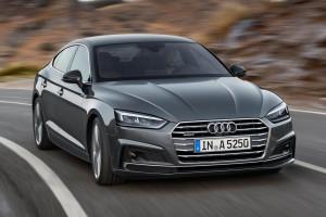 Hátsókerék-hajtásra vált az Audi