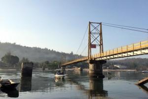 Fesztiválozók alatt omlott össze a híd