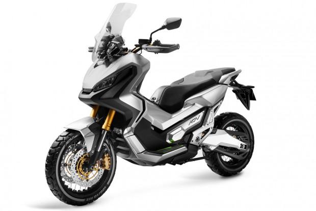 A Honda fogja gyártani a Yamaha robogóit