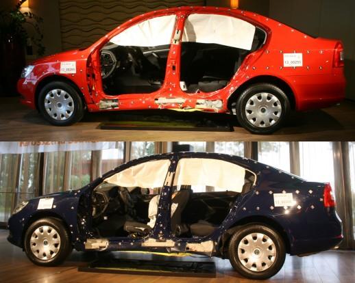 Fent a Németországban, de nem a Škoda utasításai szerint javított autó a második törésteszt után, lent az első ütközést követően csehországi márkaszervizben javított kocsi