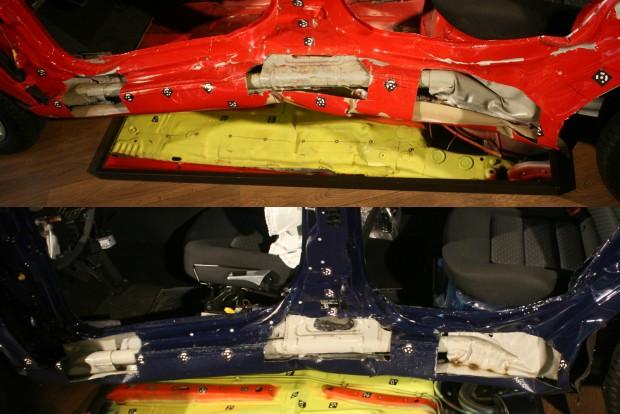 Szemmel láthatóan nagyobb a középső tetőoszlop és a küszöb deformációja a rendesen, de nem a gyár előírásai szerint megjavított autóban, mint a márkaszervizeb helyreállított kék kocsin