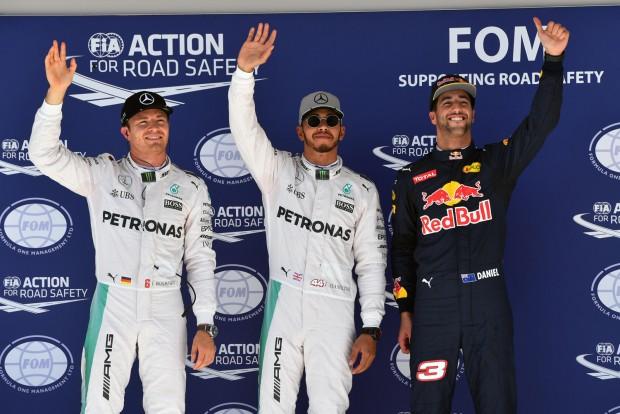 F1: Hamilton imádta, hogy érte tomboltak
