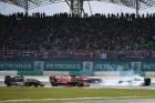 F1: Vettel nem érti, miért esett neki mindenki