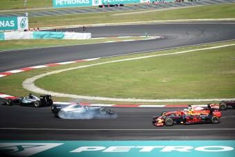 F1: Hamilton rajzfilmben is elfüstölt