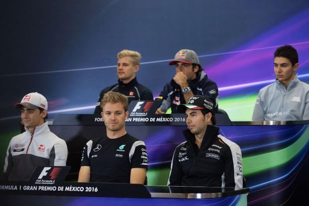 F1: A pilóták nem kérnek Ecclestone falaiból