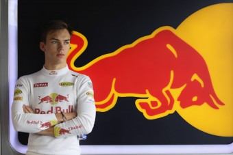 F1: Jöhet az új Toro Rosso-pilóta